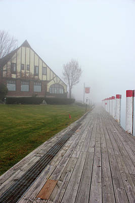 Photograph - Saint Clair Inn In Fog by Mary Bedy