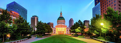 Photograph - Saint Louis Old Courthouse And Skyline Panorama by Gregory Ballos
