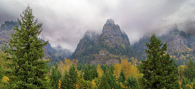 Photograph - Saint Peters Dome At Columbia River Gorge by David Gn