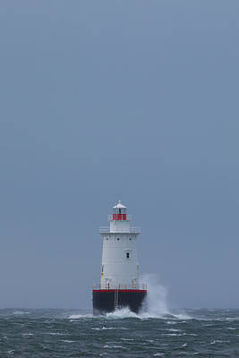 Photograph - Sakonnet Lighthouse by Juergen Roth