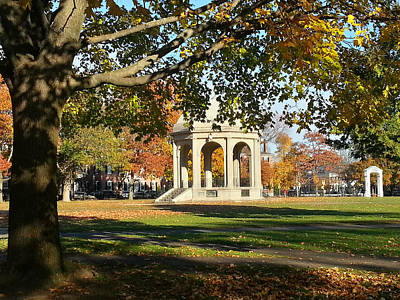 Photograph - Salem Common In Autumn by Jeff Folger