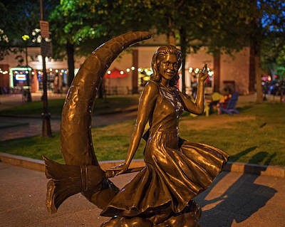 Photograph - Salem Ma Sabrina The Witch Statue by Toby McGuire