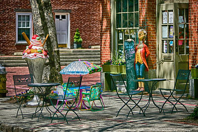 Photograph - Salem Street Sweets by Jeff Folger