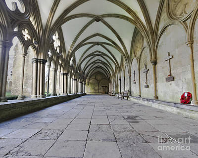 Photograph - Salisbury Cloister Remembers by Terri Waters