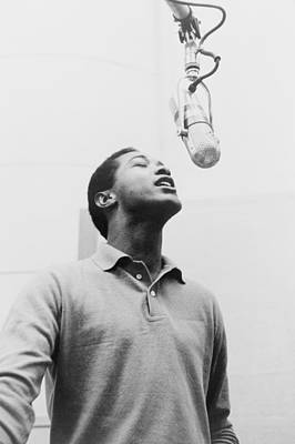 Lcgr Photograph - Sam Cooke, 1931-1964 Singing by Everett