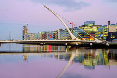 Photograph - Samuel Beckett Bridge At Dusk by Jose Maciel