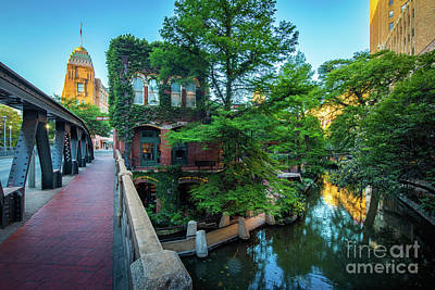 Photograph - San Antonio Bridge by Inge Johnsson