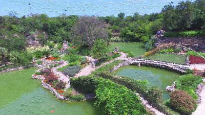 Japanese Tea Garden Painting - San Antonio Japanese Tea Garden by Iguanna Espinosa