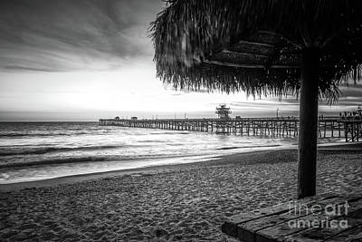 San Clemente Beach Photograph - San Clemente Ca Black And White Photo by Paul Velgos