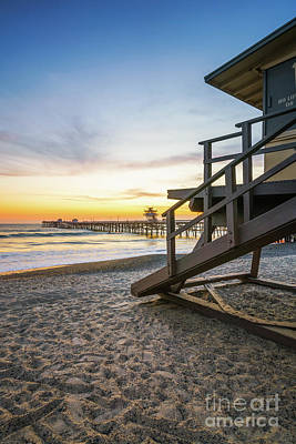 San Clemente Beach Photograph - San Clemente Lifeguard Tower 1 And Pier Sunset Photo by Paul Velgos