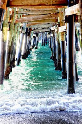 Clemente Photograph - San Clemente Pier by Rosanne Nitti