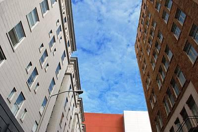 Photograph - San Francisco Alleyv- Looking Up by Matt Harang