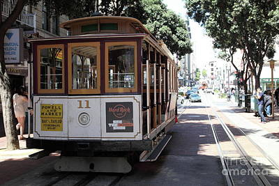 Photograph - San Francisco Cablecar San Francisco California 5d17962 by San Francisco Art and Photography