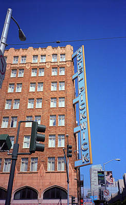 Photograph - San Francisco Hotel Pickwick by Frank Romeo