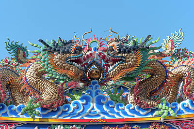 Photograph - San Jao Pung Tao Gong Dragon Roof Dthcm1150 by Gerry Gantt