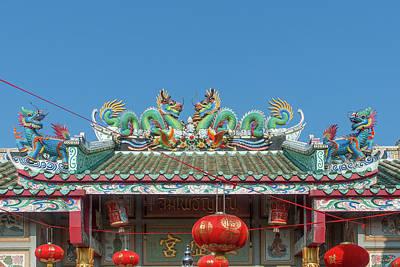 Photograph - San Jao Samphothi Yan Dragon Roof Dthb1995 by Gerry Gantt