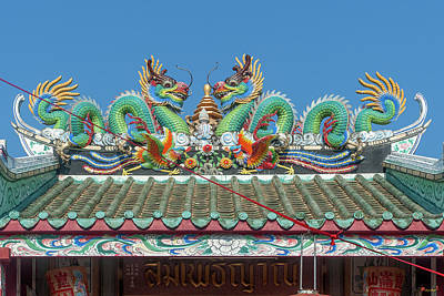 Photograph - San Jao Samphothi Yan Dragon Roof Dthb1996 by Gerry Gantt