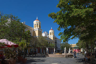 Photograph - San Juan City Hall From Plaza De Armas by Jose Oquendo