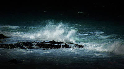 Photograph - San Juan Waves by Marvin Spates