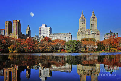 Photograph - San Remo Twin Towers And Upper Manhattan Skyline Central Park by Nishanth Gopinathan
