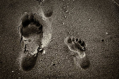Photograph - Sand Feet by Lora Lee Chapman