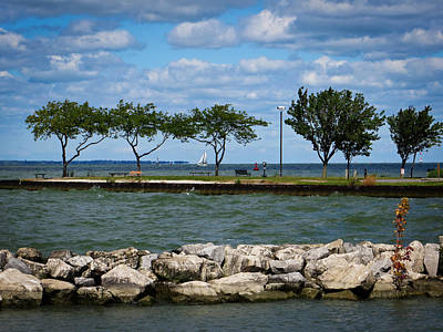 Photograph - Sandusky Ohio - Shoreline Park by Shawna Rowe