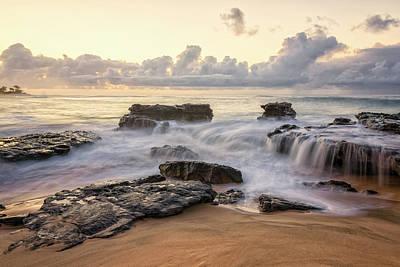 Sandy Beach Sunrise 3 - Oahu Hawaii Art Print