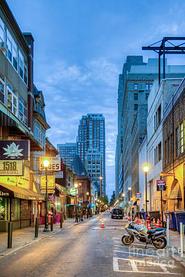 Photograph - Sansom Street  by David Zanzinger