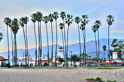 Photograph - Santa Barbara From The Sea by Richard Omura