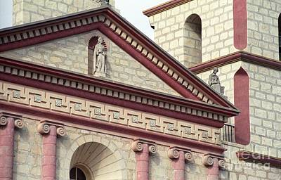 Photograph - Santa Barbara Mission Facade by James B Toy