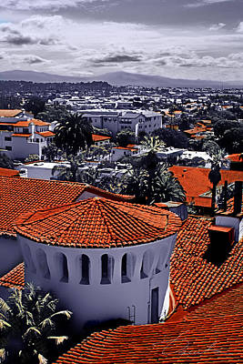 Photograph - Santa Barbara Red Roofs by Danuta Bennett