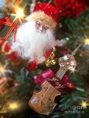 Santa Claus And Violin Art Print