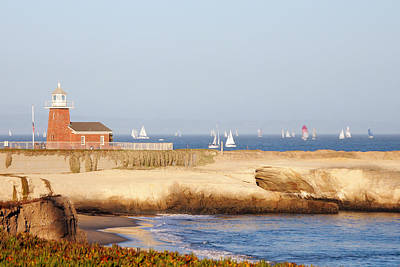 Photograph - Santa Cruz Lighthouse by Paul Topp
