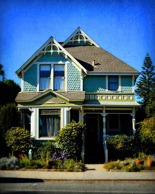 Photograph - Santa Cruz Victorian - Small Town America by Glenn McCarthy Art and Photography