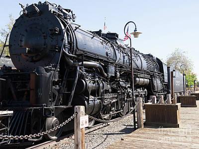 Photograph - Santa Fe Steam Locomotive Engine Number 2925 At Old Sacramento California Dsc4921 by Wingsdomain Art and Photography