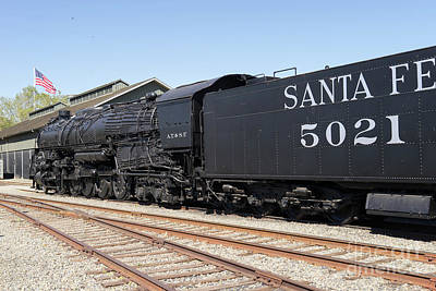 Photograph - Santa Fe Steam Locomotive Engine Number 5021 At Old Sacramento California Dsc4923 by Wingsdomain Art and Photography