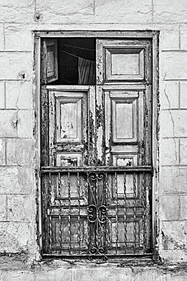 Photograph - Santiago Portal Bw by Dawn Currie