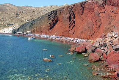 Photograph - Santorini Red Beach by Teresa Zieba