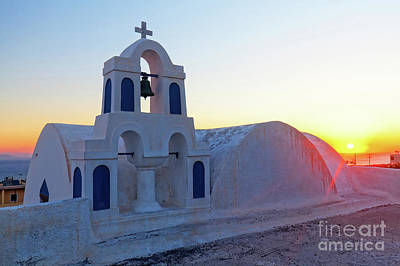 Photograph - Santorini Sunrise by Gualtiero Boffi
