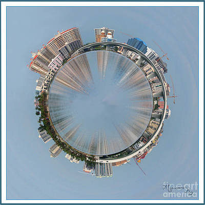 Photograph - Sarasota Roundabout by Mariarosa Rockefeller