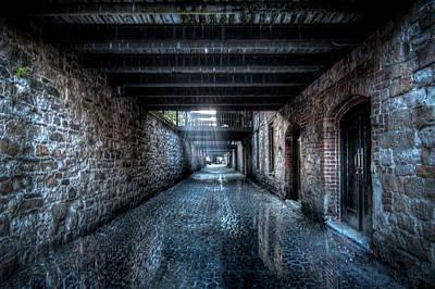 Photograph - Savannah Backstreets by Mark Andrew Thomas
