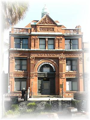 Photograph - Savannah Cotton Exchange by Kim Zwick