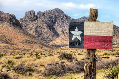 Photograph - Sawtooth Peak And The Davis Mountains by JC Findley
