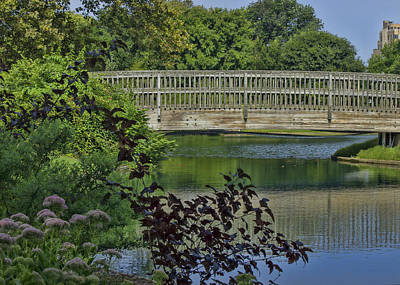 Photograph - Scenic Footbridge by Ron Grafe