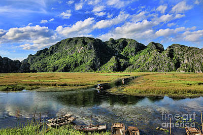 Binh Photograph - Scenic Route  by Chuck Kuhn