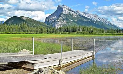 Scenic Stop Along Vermillion Lakes Art Print