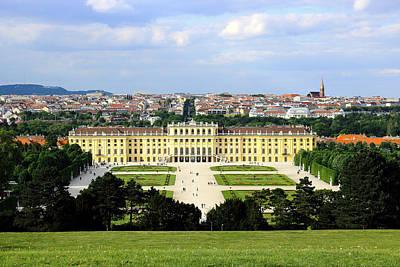 Cslanec Photograph - Schloss Schoenbrunn, Vienna by Christian Slanec