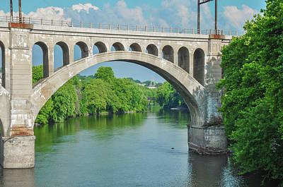 Photograph - Schuylkill River - Manayunk Bridge - Philadelphia by Bill Cannon