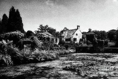 Photograph - Scotney Castle In Kent by Toula Mavridou-Messer