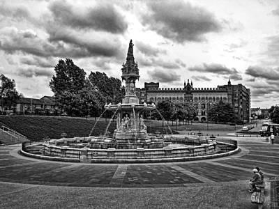 Photograph - Scottish Fountain by Roberta Byram